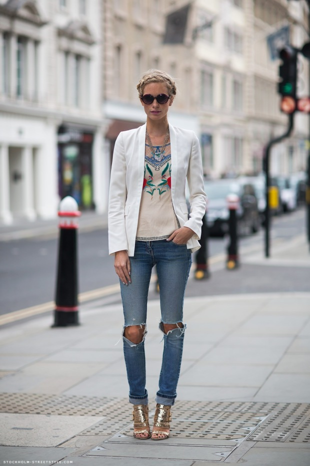 ripped-skinny-jeans