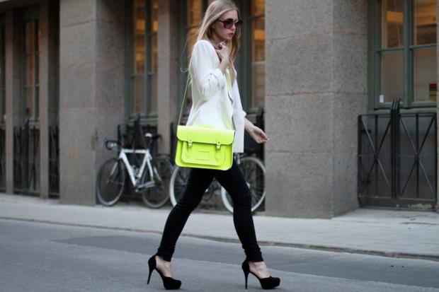 neon-bag-street-styke