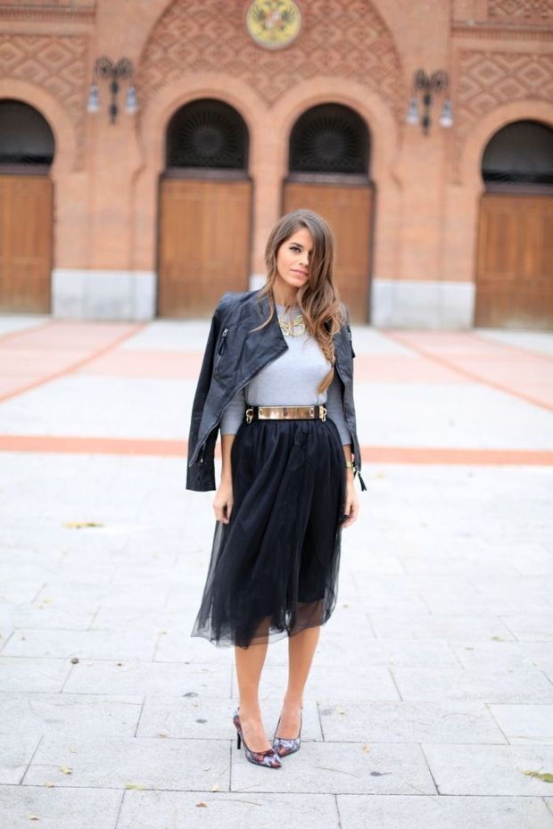 black-tulle-skirt-and-gold-belt
